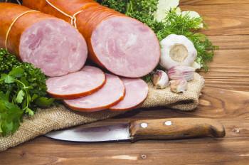 Saucisson à l'ail pur porc fumée